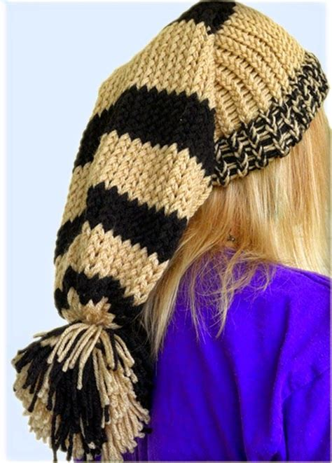 how to wear a knit hat easymeworld how to loom a hat for beginners i don t
