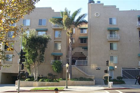 UCLA Campus Map: Westwood Palm Apartment Building