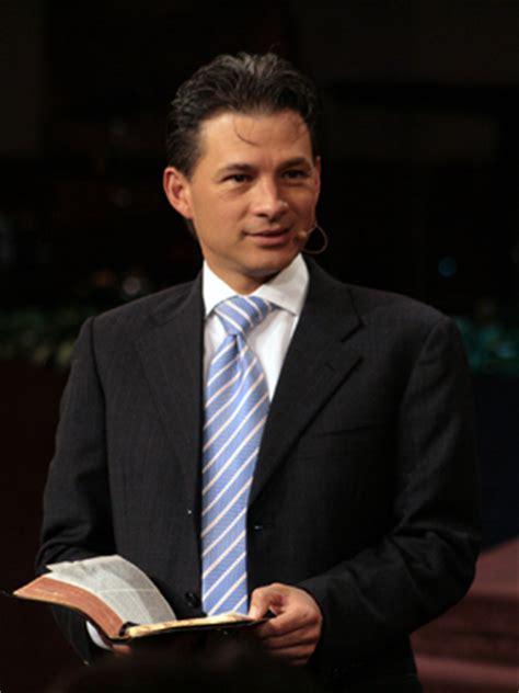 pastor cash luna01 reflexion pastor cash luna cambiando tu nivel de fe