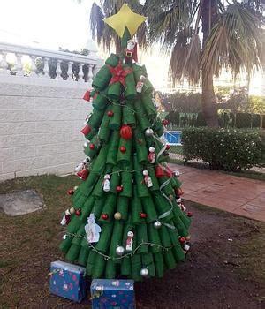 vasos arbol navidad un rbol de navidad de lo ms ecolgico sur es