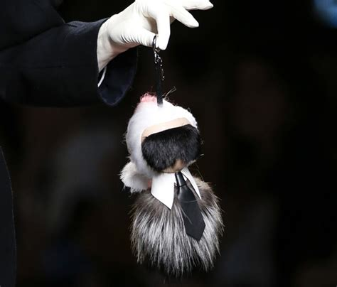 Keychain Fendi Karlito Bob Real Fox Fur fendi s aw14 fur karl lagerfeld doll is a retail hit