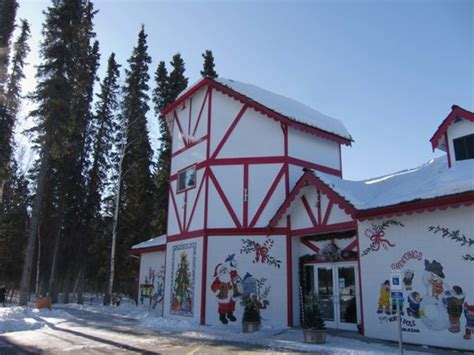 santa claus house north pole ak santa s house jpg
