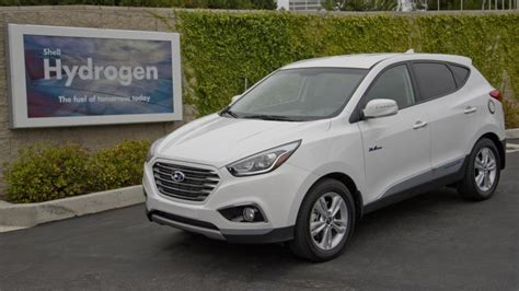 Hyundai Tucson Fuel Cell Price by Hyundai Tucson Fuel Cell Gets 43 Price Cut In
