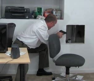 blague au bureau blague au bureau qui tourne mal