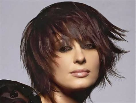 feather layered haircut 27 fabulous layers and feathered haircut wodip com