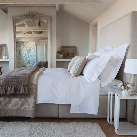 mulberry bedroom ideas the paper mulberry a well dressed bed