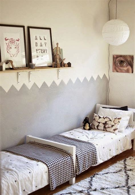 How To Be More In The Bedroom by 25 Best Ideas About Shared Rooms On