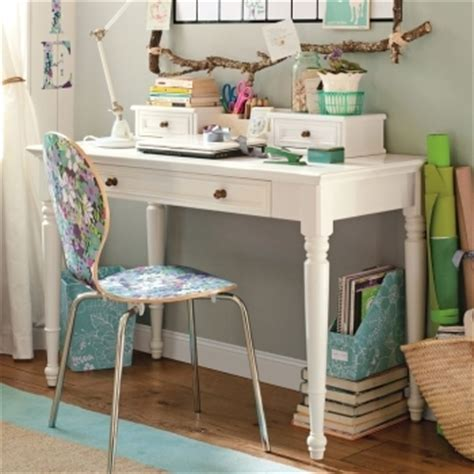 How To Organize A Small Desk How To Organize Your Desk