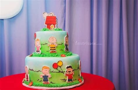 themed birthday cakes manila 54 best images about peanuts gang charlie brown themed