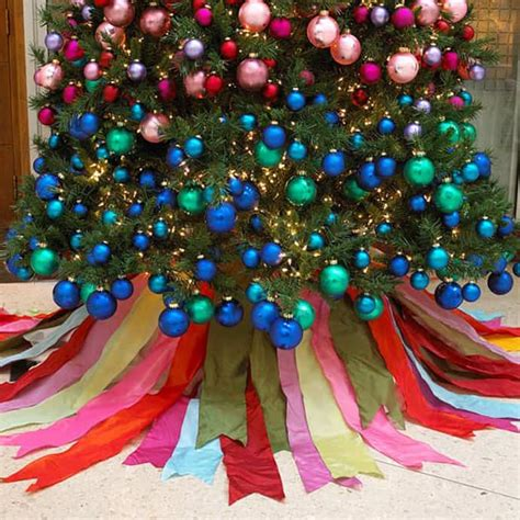 uniquely decorated christmas trees 25 beautiful tree decorating ideas