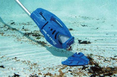 un aspirateur piscine pour un nettoyage parfait la minute de co