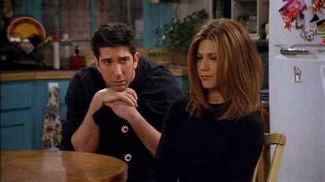 What With Rachel Ross Hair | we finally know the reason why ross and rachel broke up