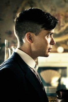 why the peaky plinders have those haircuts cillian murphy peaky blinders hair google search peaky