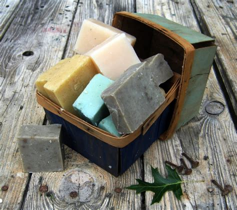 How To Make Handmade Soap At Home - soap how to make soap at home feltmagnet