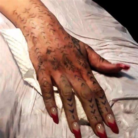 new tattoo warm to the touch rihanna new tattoo as her spirit reason full tattoo