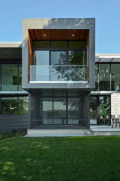 modern home design in usa reflecting grandeur edgewater