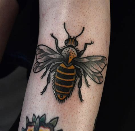 tattoo inspiration queen 68 best images about traditional animals tattoo on