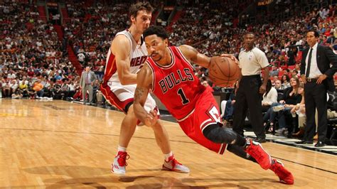 nba chicago bulls derrick rose remains confident in his game derrick rose bulls clear pg for fourth quarter minutes