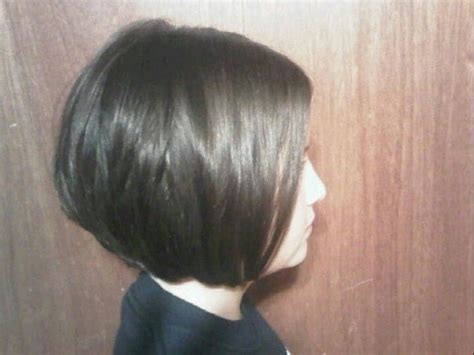 inverted triangle center part hair 1000 ideas about tapered bob on pinterest graduated bob