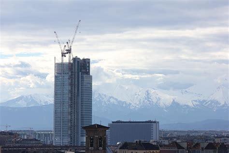 intesa san paolo torino intesa san paolo il primo grattacielo di torino mole24