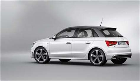 Audi A1 Performance Figures by Audi A1 Sportback 1 6 Tdi S Line 5dr Car Review January 2012
