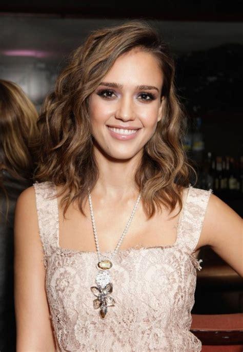 slighty shorter thansholder length womens hair style short to medium length hairstyles for thick wavy hair
