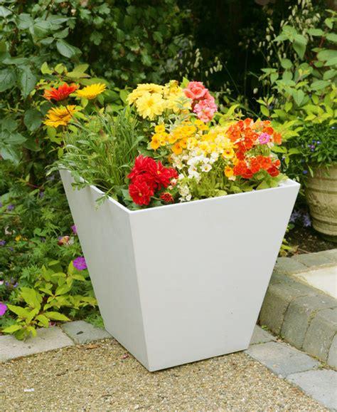 Artstone Planters Uk by White Ella Artstone Planter With Drainage System 40cm