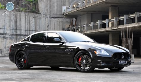 Black On Black Maserati by Pro Shoot Maserati Quattroporte With 22 Quot Modulare C11