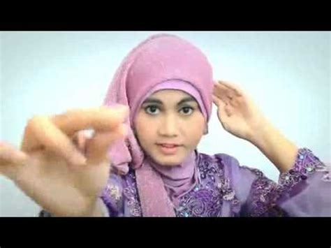 tutorial hijab pashmina acara wisuda tutorial hijab pashmina gliter untuk acara wisuda terbaru