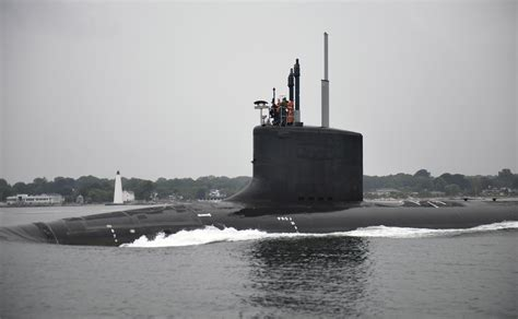 spending bill may lead to thousands of new defense jobs - Electric Boat Submarine