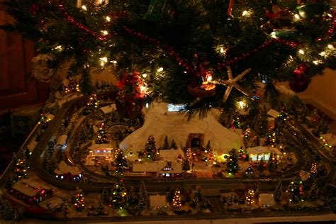 aromatic scale christmas trees lou angelucci s n scale layout small model railroads