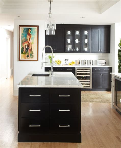 Images Of Black And White Kitchens - get this look black amp white chic zillow porchlight