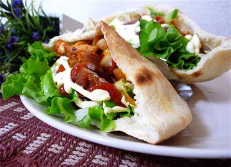 Makanan Enak Kebab resep cara membuat kebab ayam enak dan praktis sajian