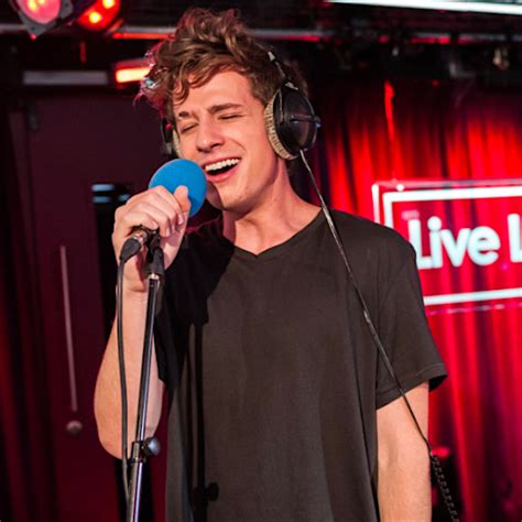 Charlie Puth Radio 1 | charlie puth drops by bbc radio 1 for live lounge month