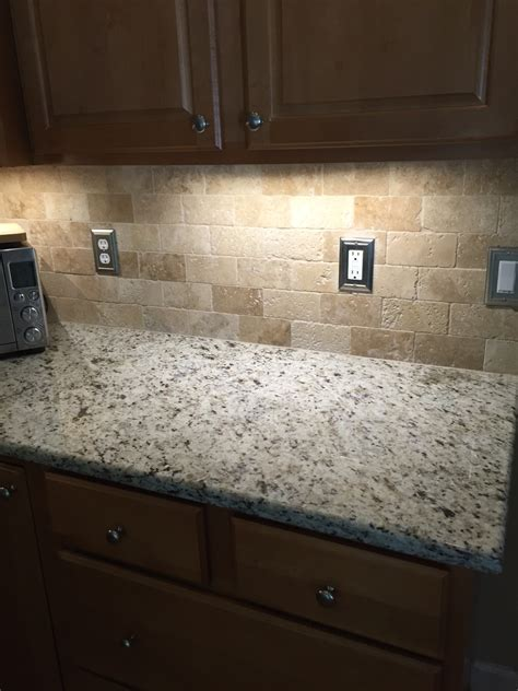 Travertine Kitchen Backsplash Tumbled Travertine Backsplash For The Home Travertine Kitchens And Kitchen
