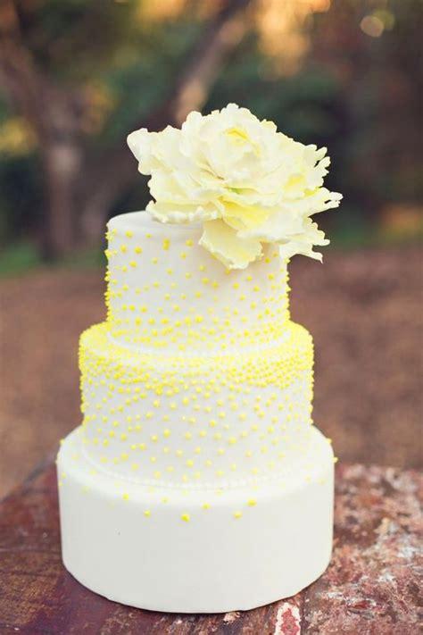 Wedding Cake Yellow by Yellow Wedding Cakes Wedding Ideas Chwv