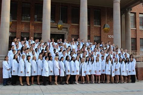 Howard Univ Mba Health Care by Future Doctors Receive White Coats Uanews