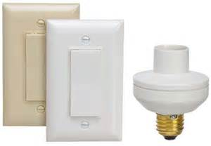 Remote control light switches to turn lamps on and off model hw2162