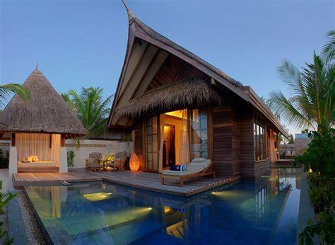 Jumeirah Vittaveli Resort Maldives Beach Villas
