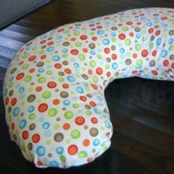 free pattern nursing pillow free nursing pillow pattern and breastfeeding pillow