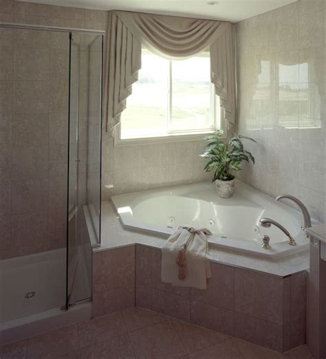 stand up bathtubs 1000 ideas about stand up showers on pinterest walk in