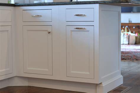 kitchen cabinet base trim kitchen cabinets base molding kitchen xcyyxh