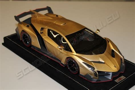 gold lamborghini veneno mr collection 2013 lamborghini lamborghini veneno oro