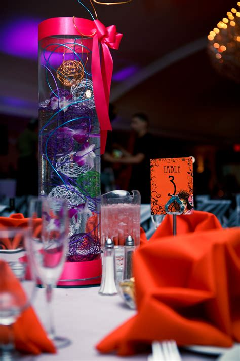 the centerpieces cirque du soleil sweet 16 tiger weddings