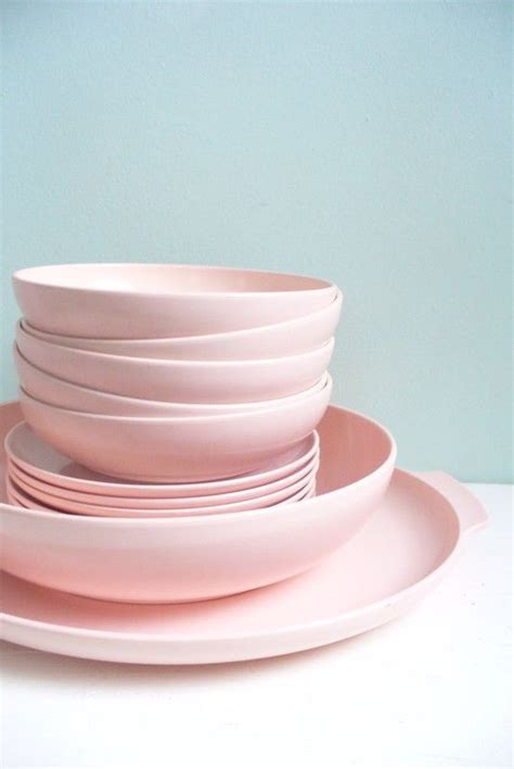 Ikea Geschirr Rosa by Vintage Lot Of Pink Plastic Melmac Melamine Type Dishes