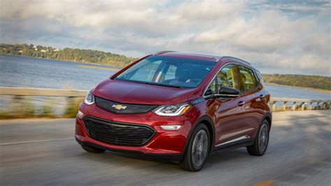 2019 chevrolet bolt ev 2019 chevrolet bolt ev and 2019 chevrolet volt phev review