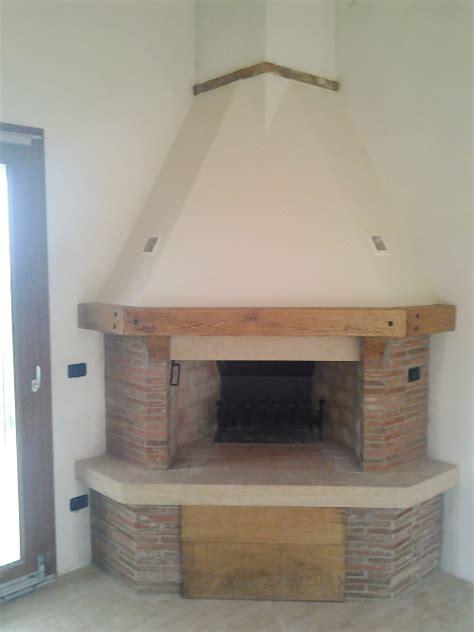 camino ad angolo rustico angolo cottura rustico design casa creativa e mobili