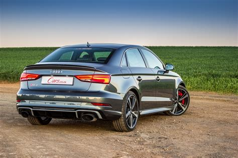 siege rs3 audi rs3 sedan 2017 review cars co za