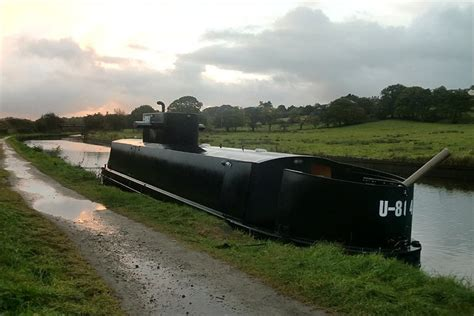 buy a boat leeds bbc in pictures u boat in leeds liverpool canal at chorley