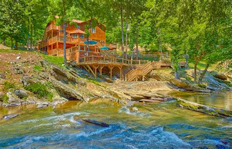 Riverside Cabins In Gatlinburg Tn by Where To Find Gatlinburg Riverside Cabins